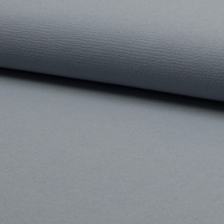 crêpe léger gris clair